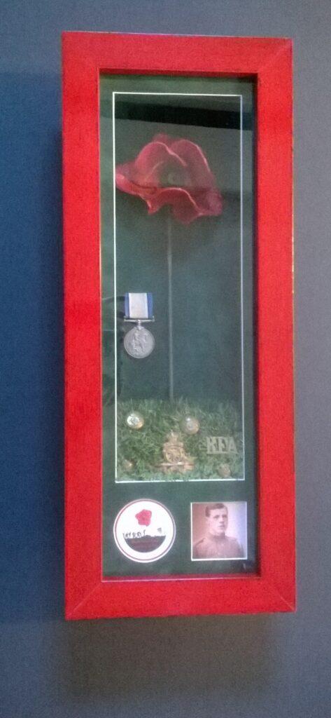 Tower of London Poppy Frame with Memorabilia
